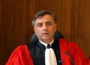 Un magistrat porte plainte contre l 39 etat a n v e d j - Porter plainte pour agression verbale ...